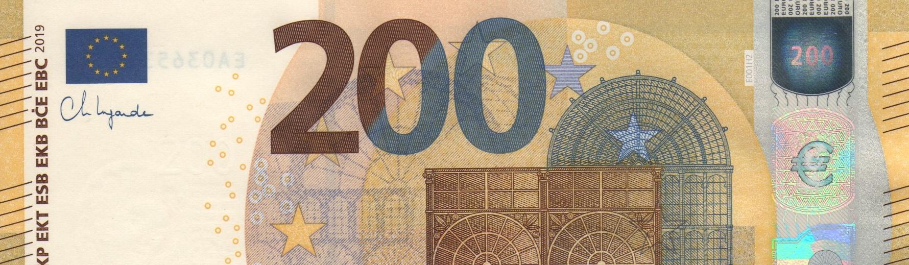 200_e_e_001_lagarde_204.jpg