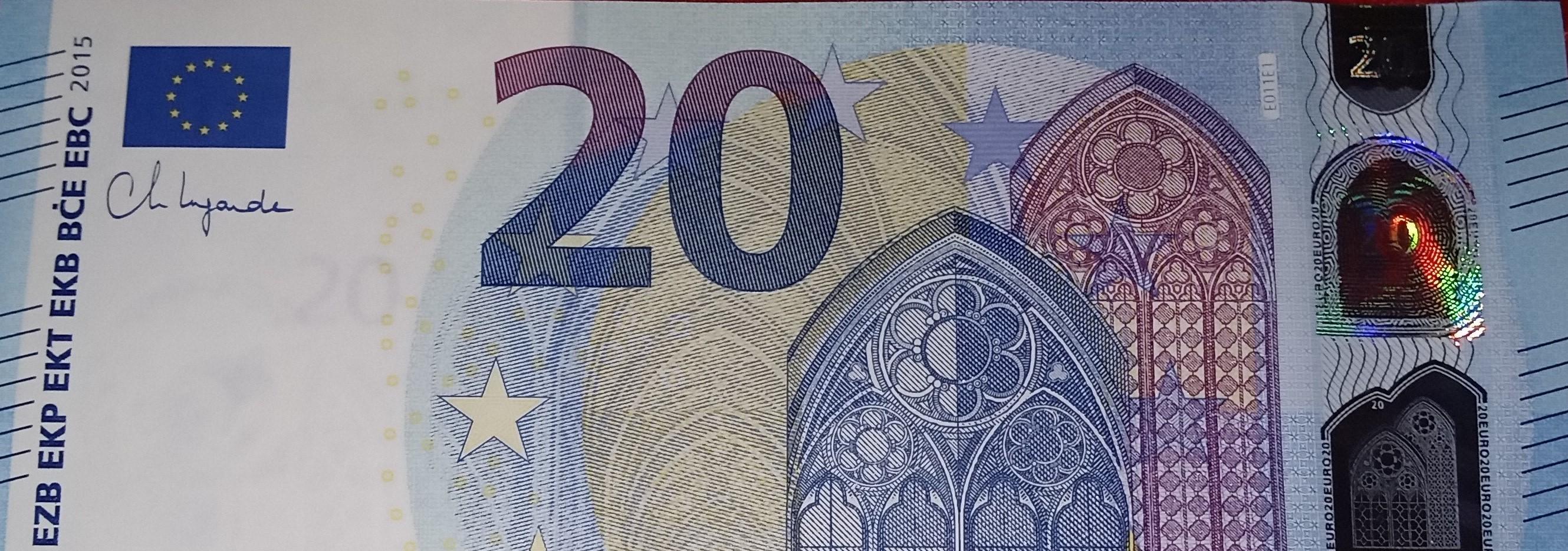 20_e_e_011_lagarde_-_collection_europe_.jpg
