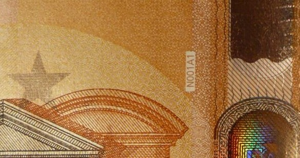 50_n_n_001_draghi_collection_europe_.jpg
