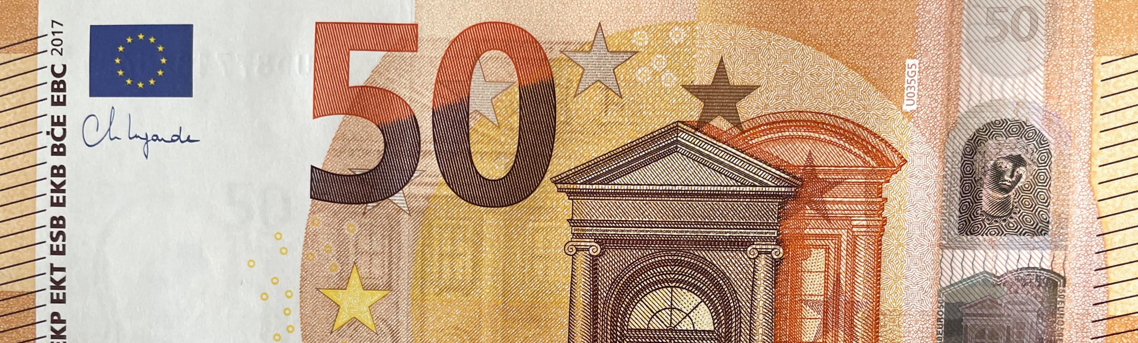 50_u_u_035_lagarde_-_collection_europe_201.jpg