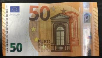 https://enotesprice.com/images/users/5033/50_V_V_012_D3_Draghi_VH_1627395132_thumb_recto.jpg